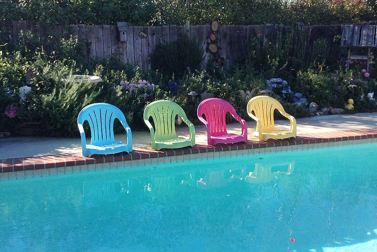 Awesome Pool And Beach Hacks For Summer Latina Moms